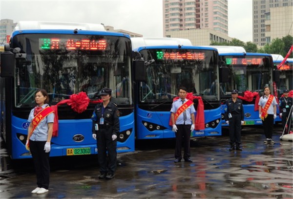 青海省西宁市217台比亚迪纯电动公交车上线运营