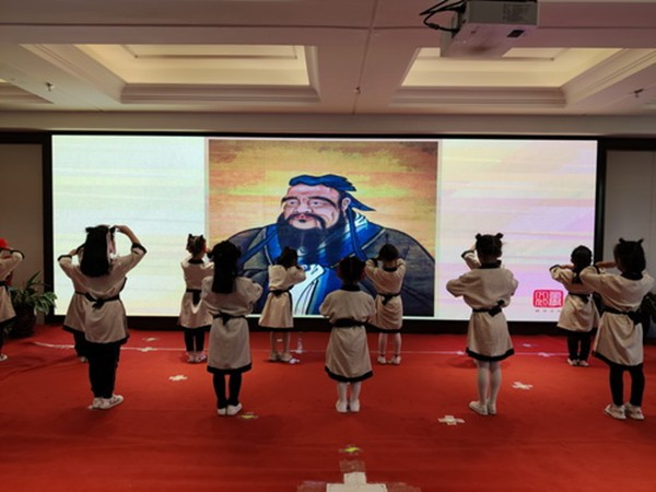 西宁唐道童学馆周年盛典活动在西宁举行