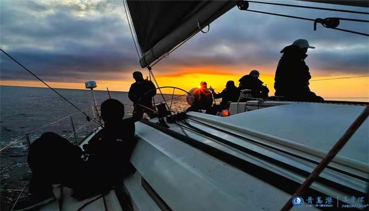 """""""远东杯""""7支赛队抵达韩国周边海域  WOB欢迎来航海队暂时领先"""