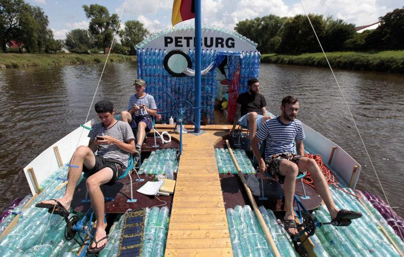 用塑料瓶DIY一艘船,并航行500英里