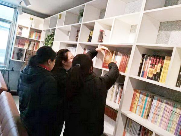 西宁公交集团有限责任公司建成四个不同级别职工书屋